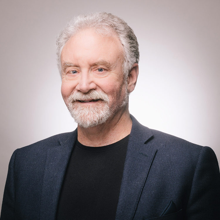 Dr Doug Saunders